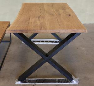 Esstisch Wildeiche mit Baumkante 140x80cm