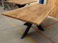 Tisch mit Baumkante 240x100cm Eiche