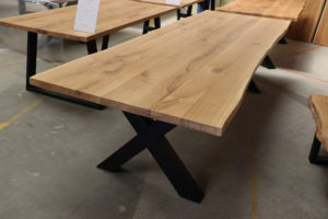 XXL Tisch mit Baumkante Esstisch Baumtisch 300x100cm