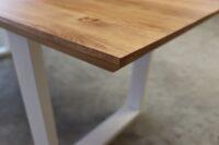 Tisch mit Schweizer Kante aus Wildeiche 220x100cm