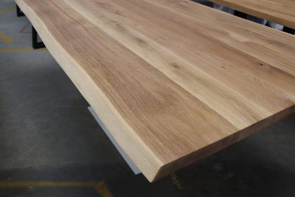 Tisch mit Baumkante 200x100cm Weiß