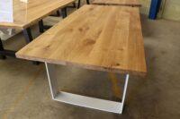 Tisch aus Wildeiche in 200x100cm