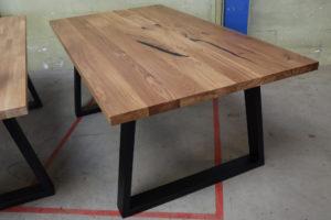 Tisch mit Ansteckplatte aus Eiche in 220x100cm