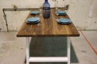 Tisch aus am. Nussbaum in 160x90cm