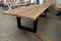 Tisch mit Baumkante, Konferenztisch in 300x100cm