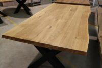 Tisch mit Baumkante 200x100cm