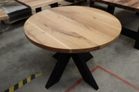 Tisch aus Wildeiche 100cm