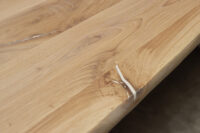 Tisch mit Baumkante 270x120cm