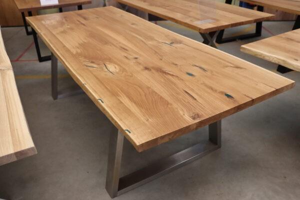 Eiche Rustikal Tisch 4cm Epoxy - 240x100cm Trapez Edelstahl