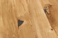 Tisch mit Baumkante und Epoxidharz 240x100cm