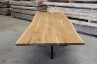 Tisch mit Baumkante in 280x100cm