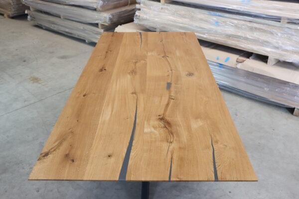 Tisch mit Schweizer Kante in 220x100cm