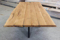 Tisch mit Baumkante 240x100cm