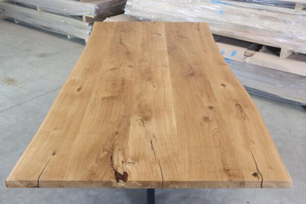 Tisch mit Baumkante in 220x100cm