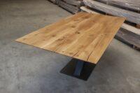 Tisch mit Schweizer Kante in 200x100cm
